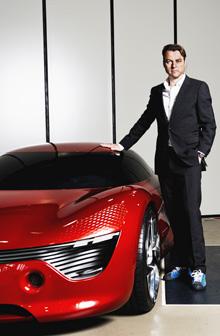 Renault_Chefdesigner van den Acker